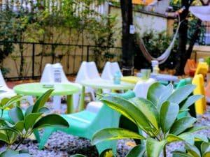 Amplio y Colorido Jardín